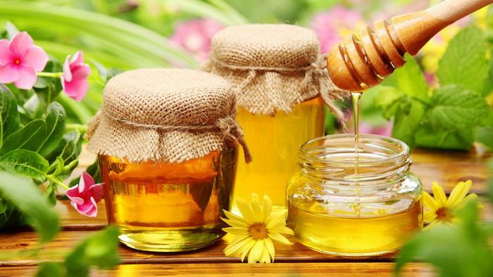 Мед хранится только в сухом и теплом месте