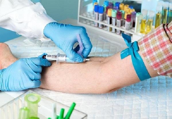 Чтобы понять, имеется ли гормональный сбой в организме, надо сдать кровь на анализ