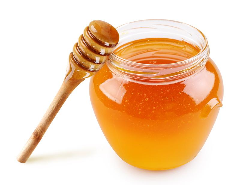 Мед отлично питает волосы