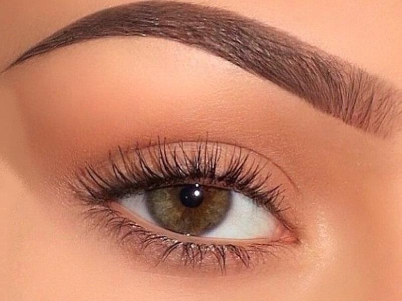 Качественно выполненный перманентный макияж сделает ваши брови идеальными
