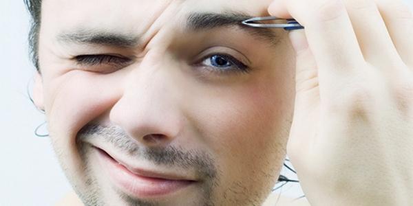 Попытка скорректировать брови своими руками может оказаться неудачной