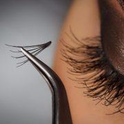 Пучковые ресницы способны придать глазам недостающий объем