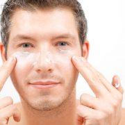 Антивозрастная косметика – эффективное средство для борьбы с мужскими морщинами