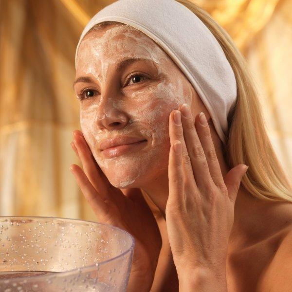 Средства для кожи должны обеспечивать очищение, увлажнение и питание