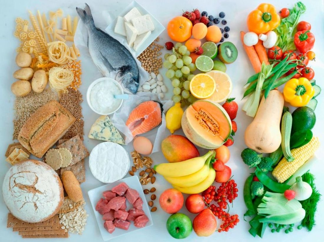 В рационе человека должно быть много белка и витаминов