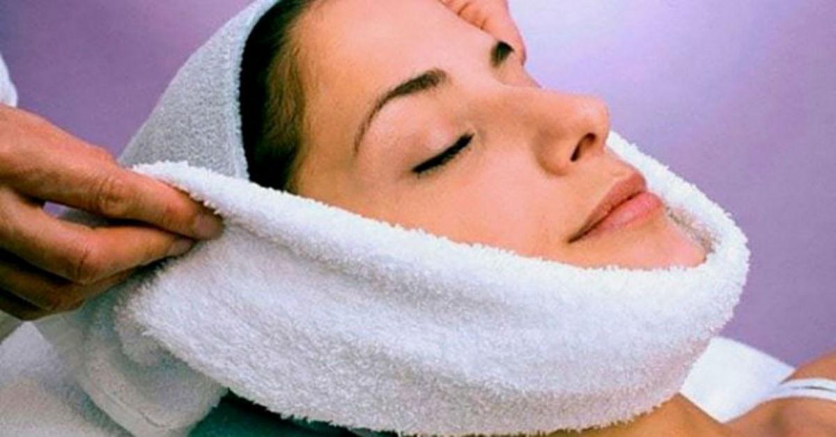 Чередование холодного и теплого компресса приведет кожу лица в тонус