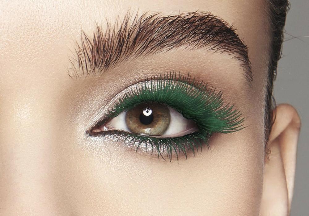 Зелёная тушь идёт кареглазым красавицам
