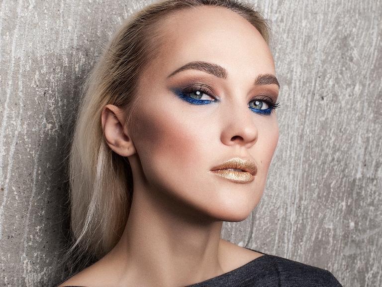 Использование цвета в макияже с акцентом на нижних веках