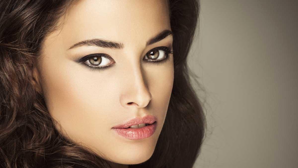 Макияж для женщин с миндалевидным разрезом глаз