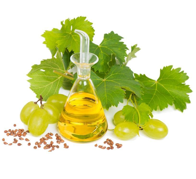 Масло виноградной косточки – дешевый, но эффективный косметический продукт