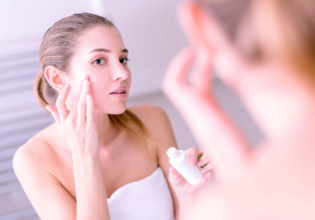 Сухая кожа доставляет проблем не меньше, чем жирная