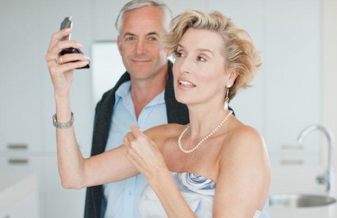 Лифтинг макияж помогает зрительно омолодиться