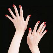 Аллергическая реакция на шеллак может внезапно испортить самый изысканный маникюр