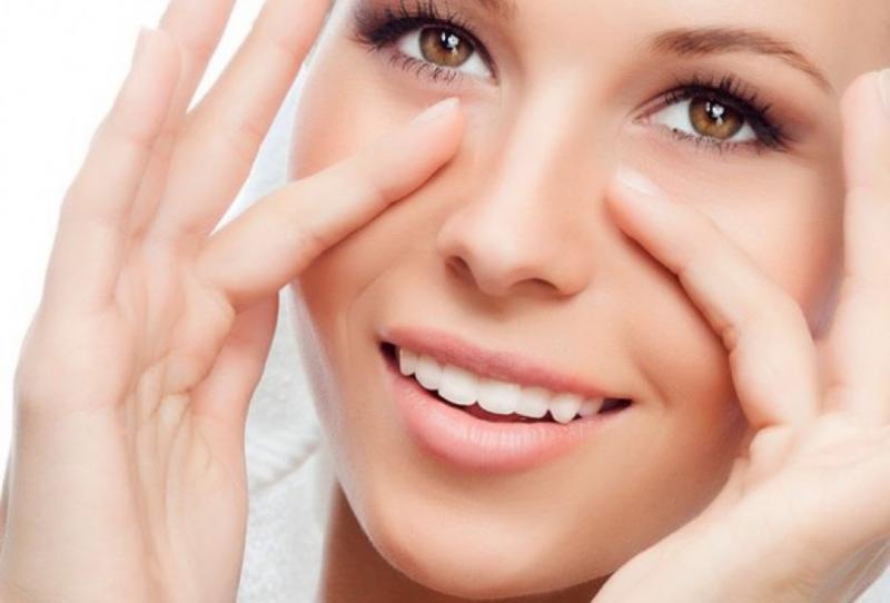 Аптечные средства от морщин вокруг глаз