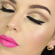 С помощью жидких теней можно создать запоминающийся макияж