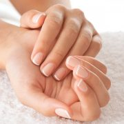 Ухоженные ногти красивой формы