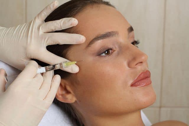 Мезотерапия для области вокруг глаз