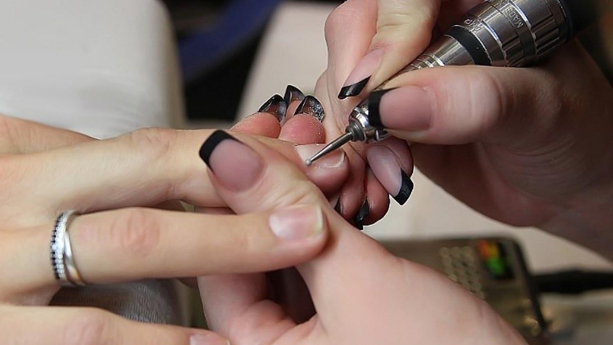 Обработка боковых валиков с помощью конусовидной насадки