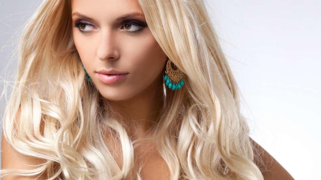 Мейкап для кареглазой блондинки