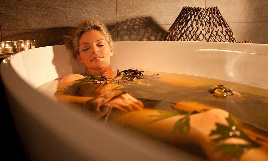 Горячая ванна творит чудеса