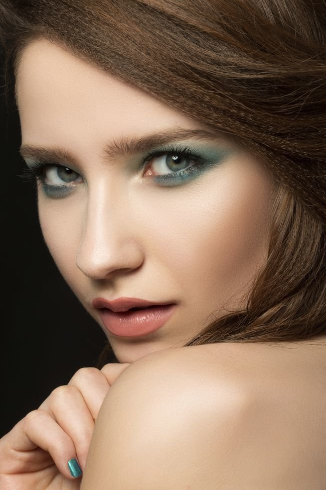 Макияж для зеленых миндалевидных глаз