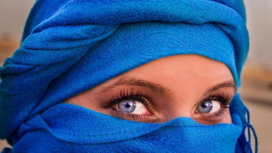 Миндалевидная форма глаз удивительно красива