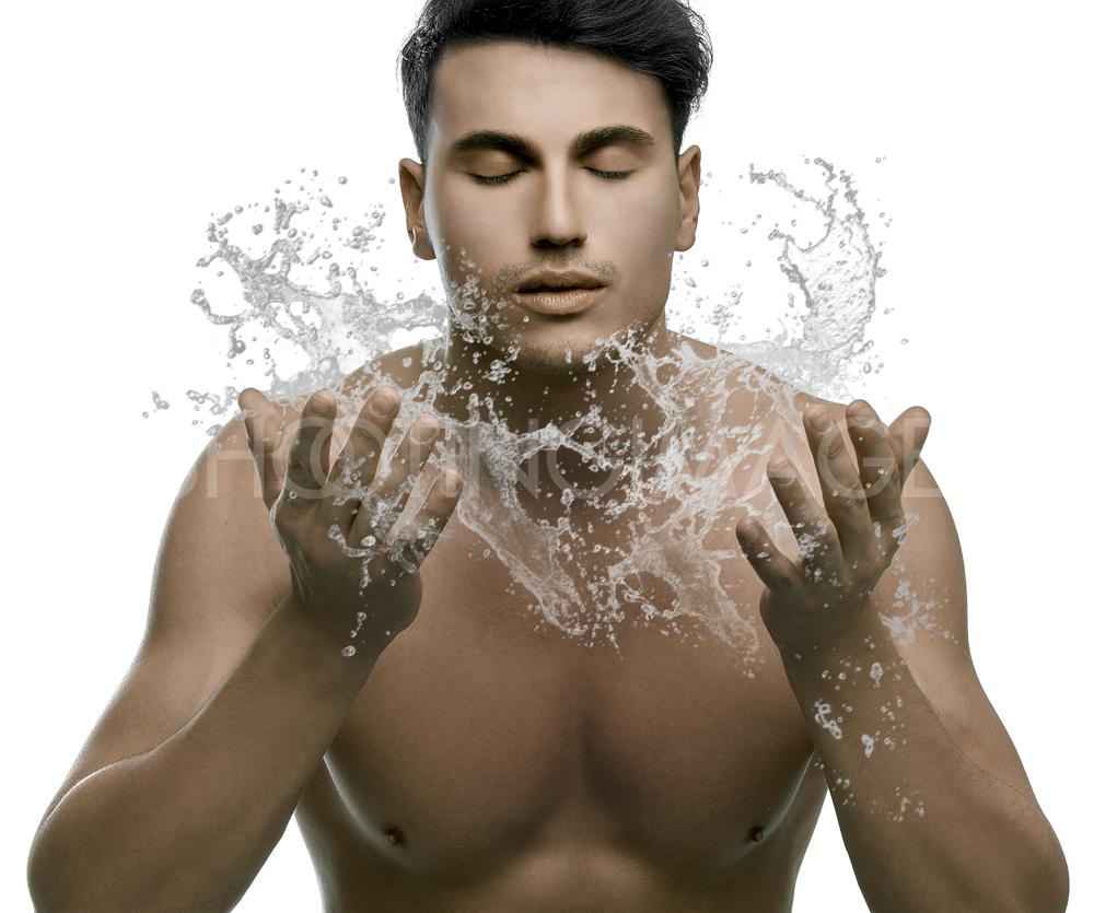 Вода должна быть комнатной, а не холодной или жаркой