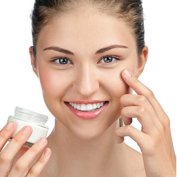 Декоративной косметикой не стоит маскировать проблемы на лице