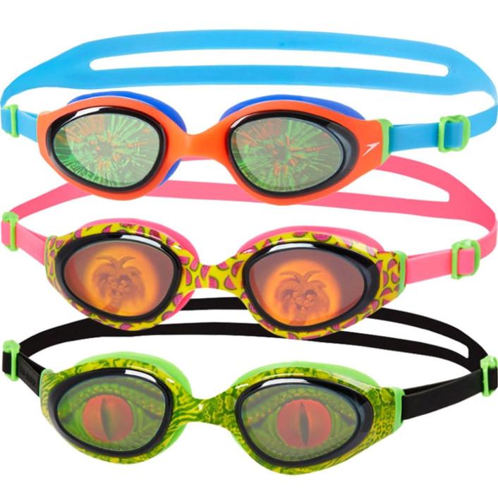 В море лучше использовать очки для плаванья